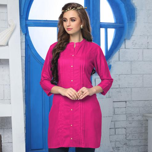 Girlish Pink Colored Casual Wear Cotton Kurti