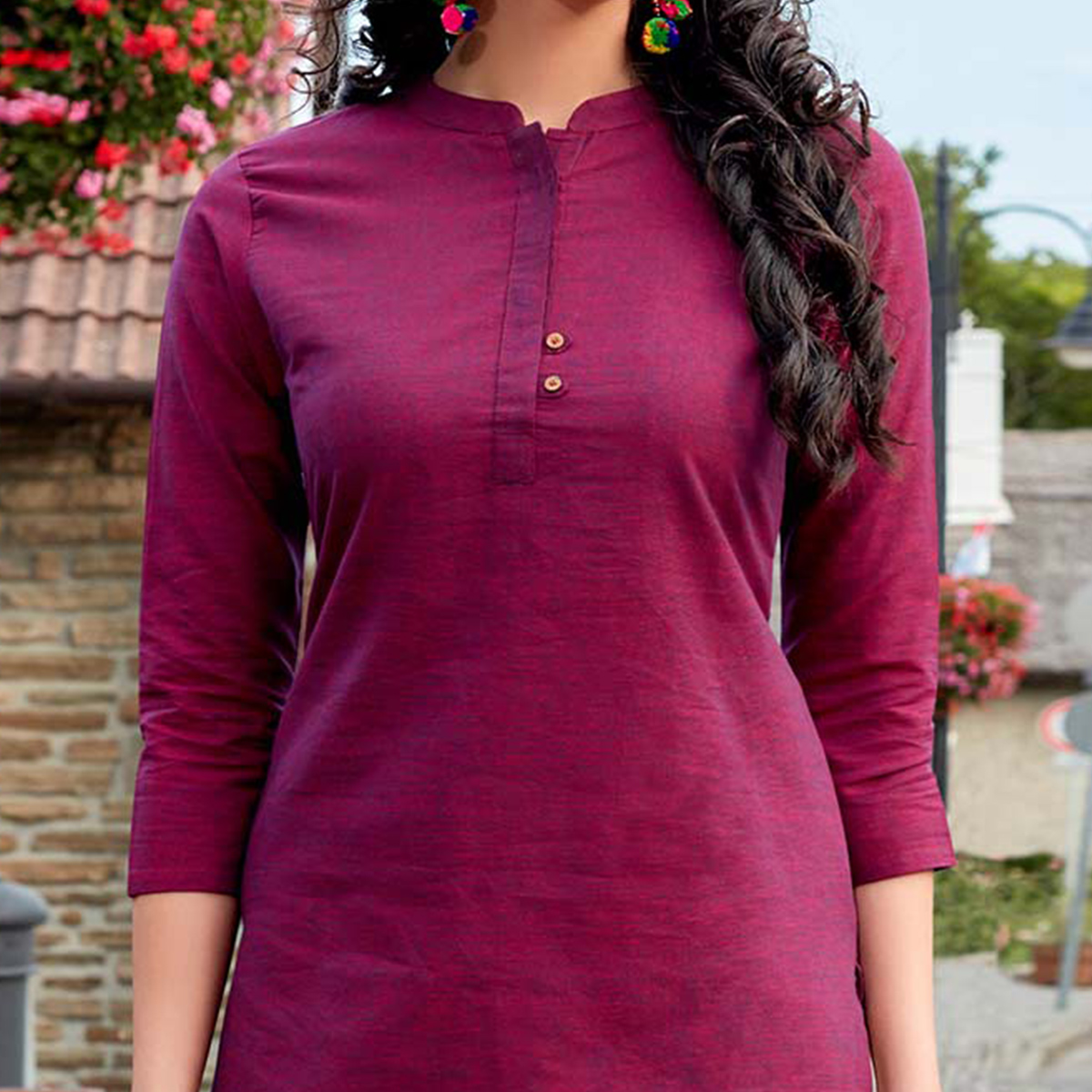 Refreshing Magenta Colored Casual Wear Cotton Kurti