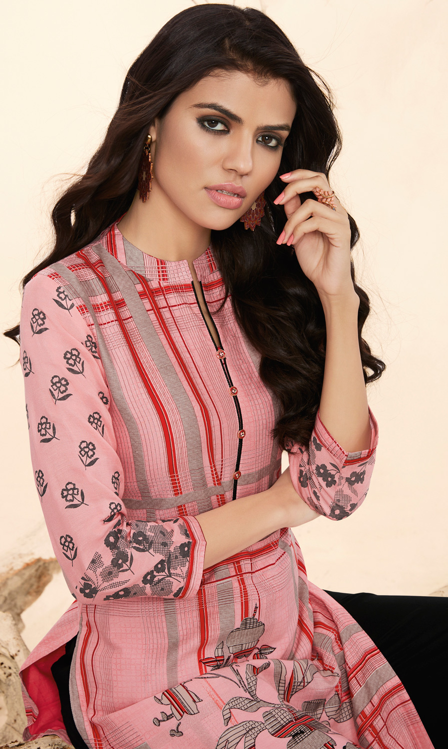 Sailing Pink Colored Casual Wear Rayon Kurti-Palazzo Suit.
