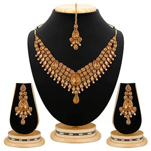 Ethnic Design L.C.T Stone Kundan And Pearl Gold Finishing Necklace Set with Maang Tikaa