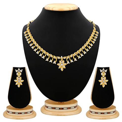 Classy Design Gold Plated Austrian Stone Necklace Set