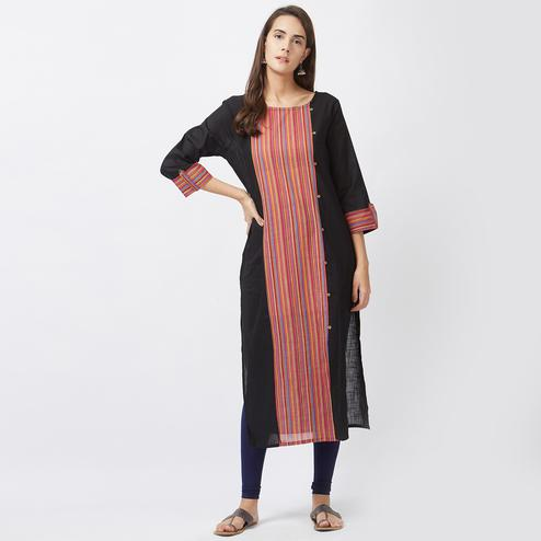 Mesmerising Black Designer Casual Pure Handloom Cotton Kurti