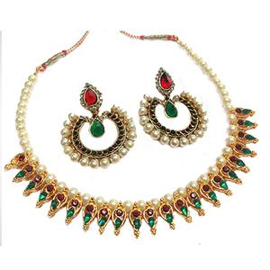 Maroon - Green Tilak Pearl Leaf Necklace Set