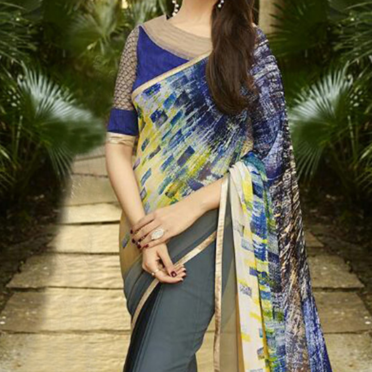 Grey Multicolored Pallu Saree
