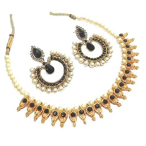 Black Pearl Leaf Tilak Polki Necklace Set