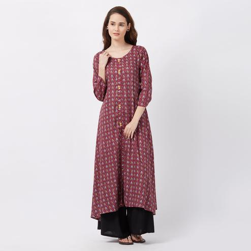 Elegant Magenta Colored Printed Casual Wear Rayon Kurti