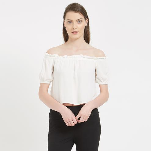 Basic White Colored Casual Wear Western Cotton Top