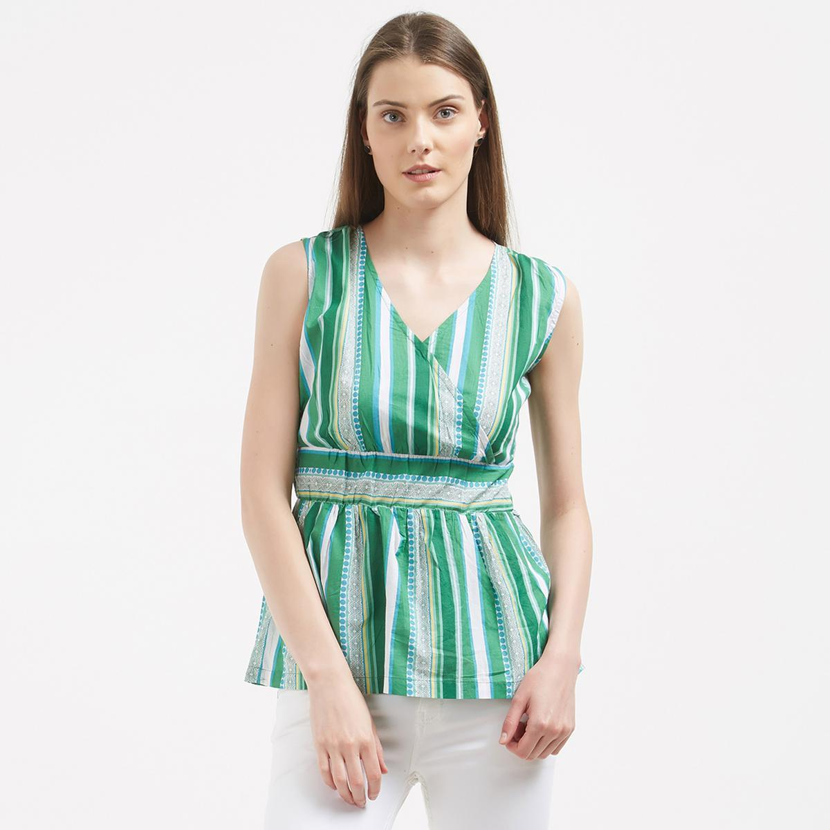 Adorable Green Casual Wear Cotton Western Top
