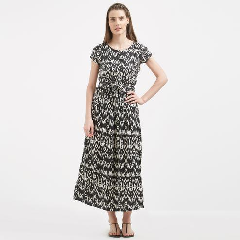 Charming Black Colored Casual Wear Long Cotton Western Dress