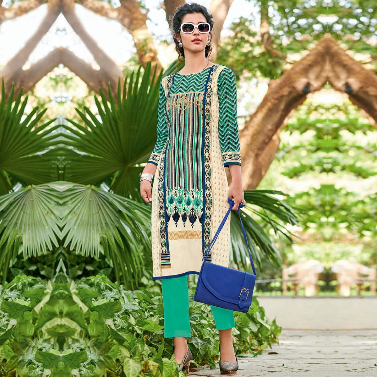 Blooming Cream-Green Colored Casual Printed Jetpur Cotton Kurti