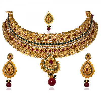 Traditional Design Necklace Set in Maroon & Green Color