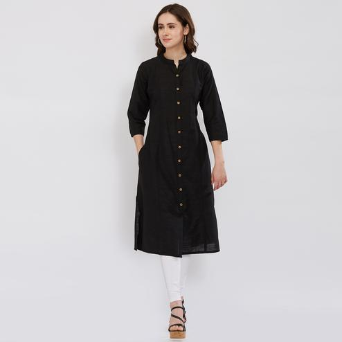 Flaunt Black Colored Partywear Rayon Kurti
