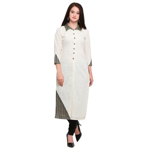 Appealing White Colored Casual Wear Cotton Kurti