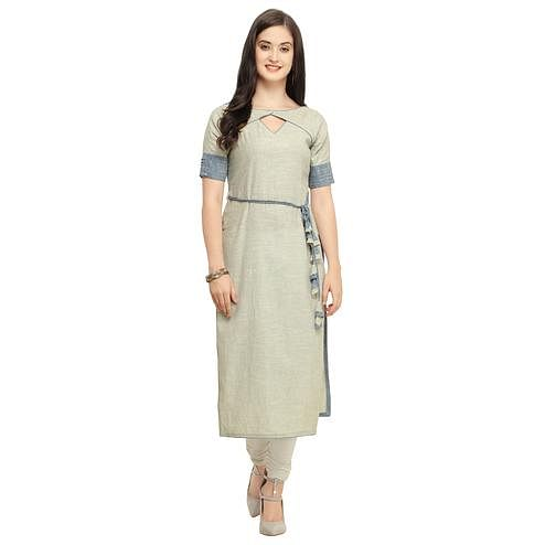 Staring Light Gray Colored Casual Wear Cotton Kurti
