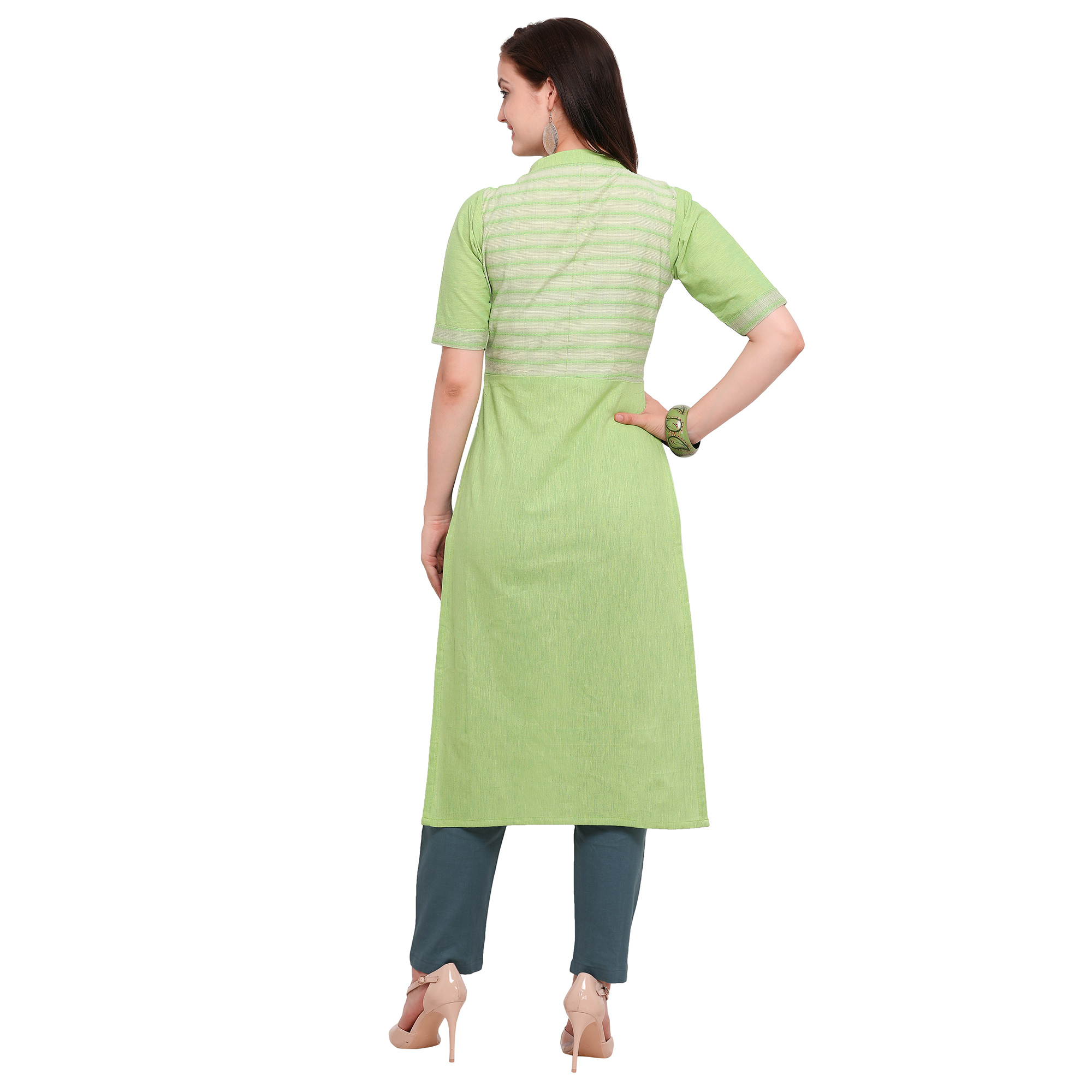 Jazzy Green Colored Casual Wear Cotton Kurti