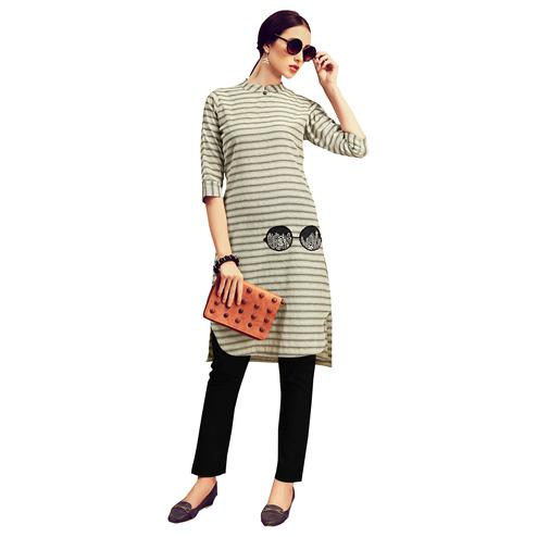 Demanding Light Grey Colored Partywear Printed Cotton Kurti