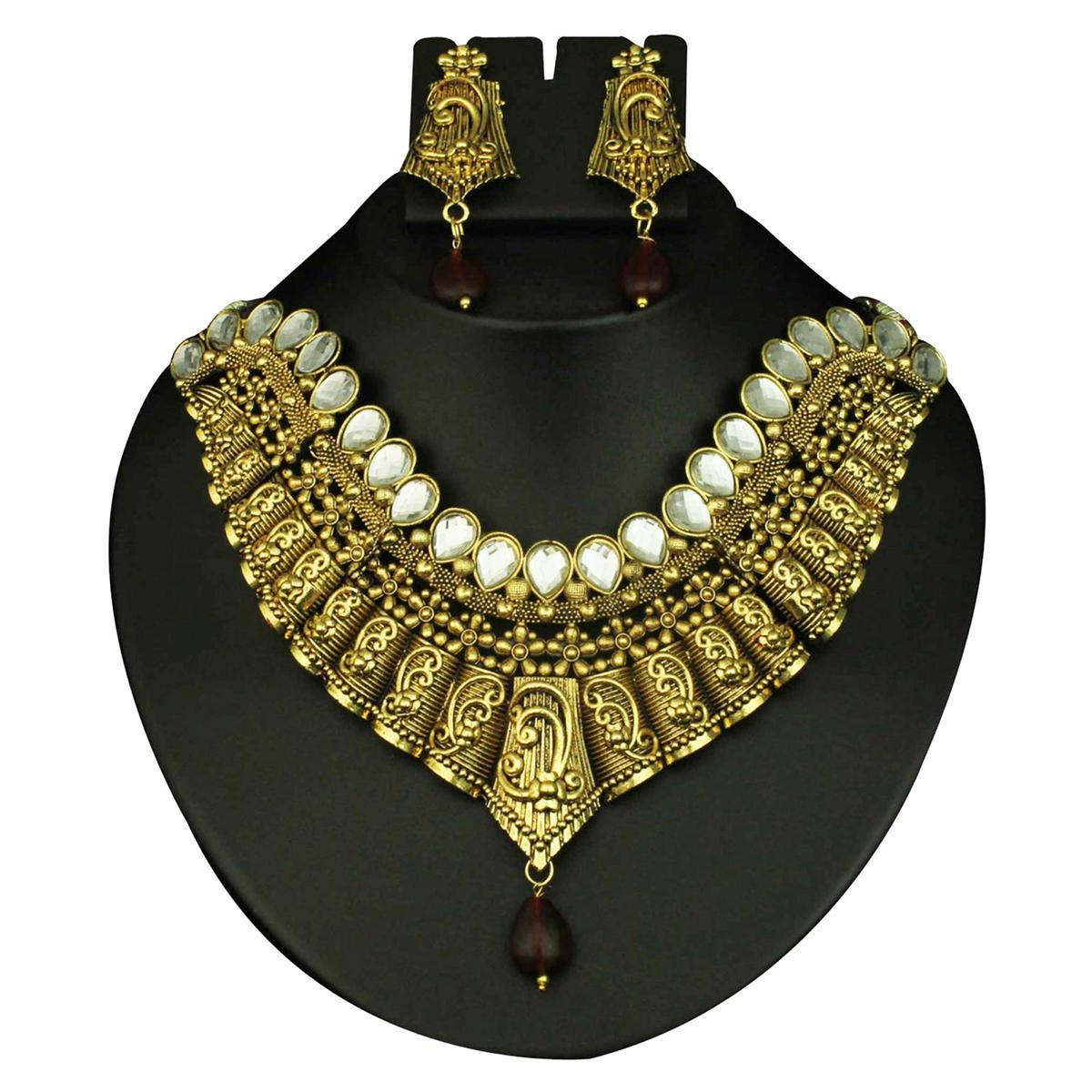 Kundan Maroon Drop Antique Gold Finish Necklace Sets
