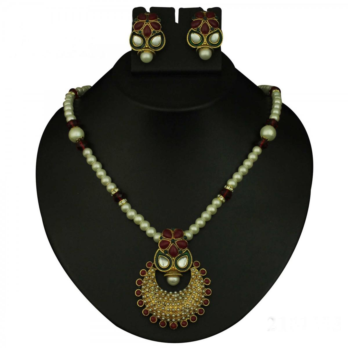 Red Pota Kundan Meenakari Pearl Gold Finish Necklace Sets