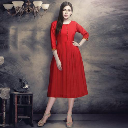 Beautiful Red Colored Casual Wear Plain Cotton Kurti