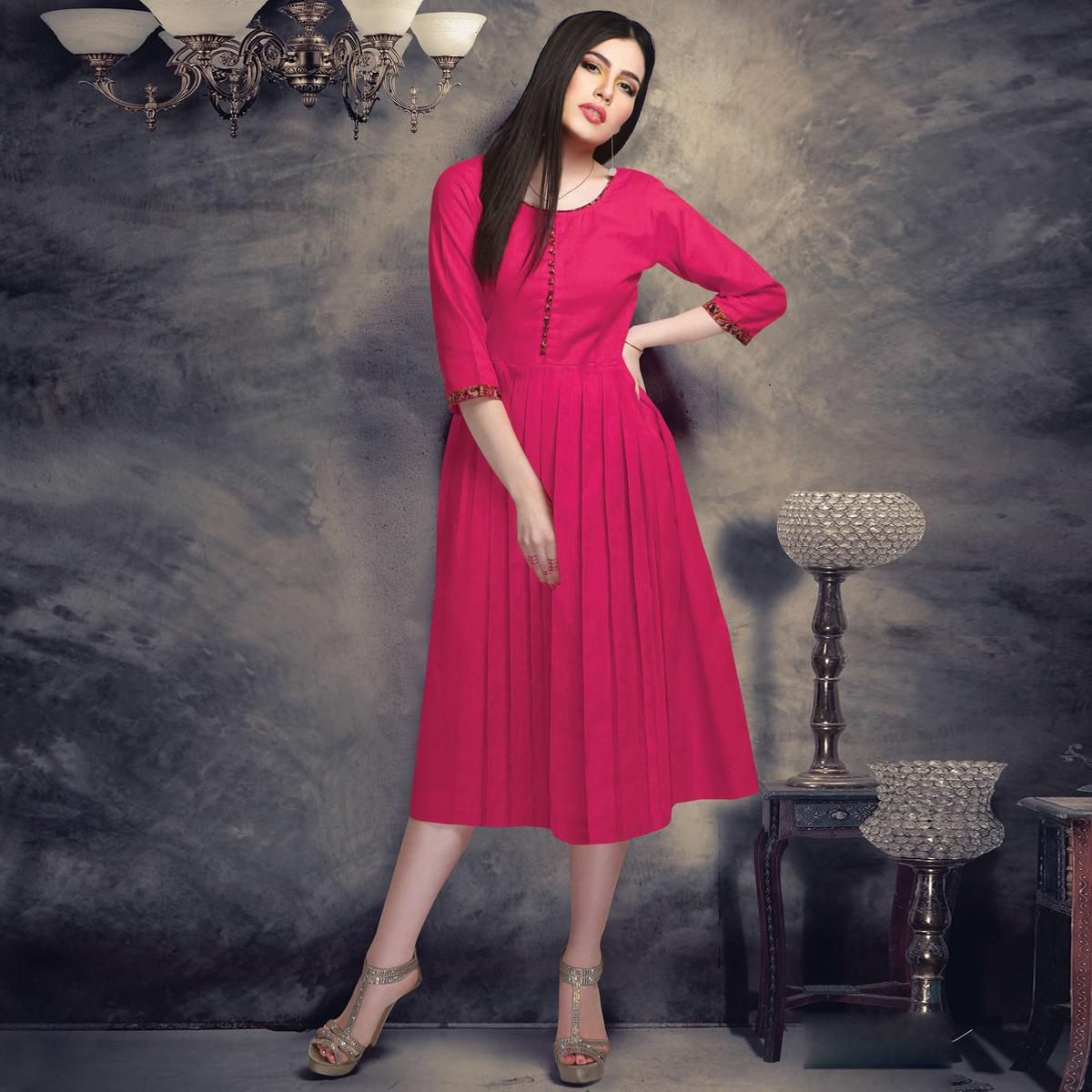 Adorable Pink Colored Casual Wear Plain Cotton Kurti