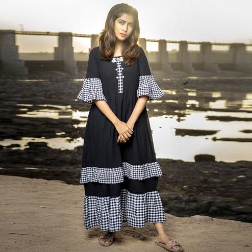 Trendy Black Colored Partywear Printed Cotton Long Kurti