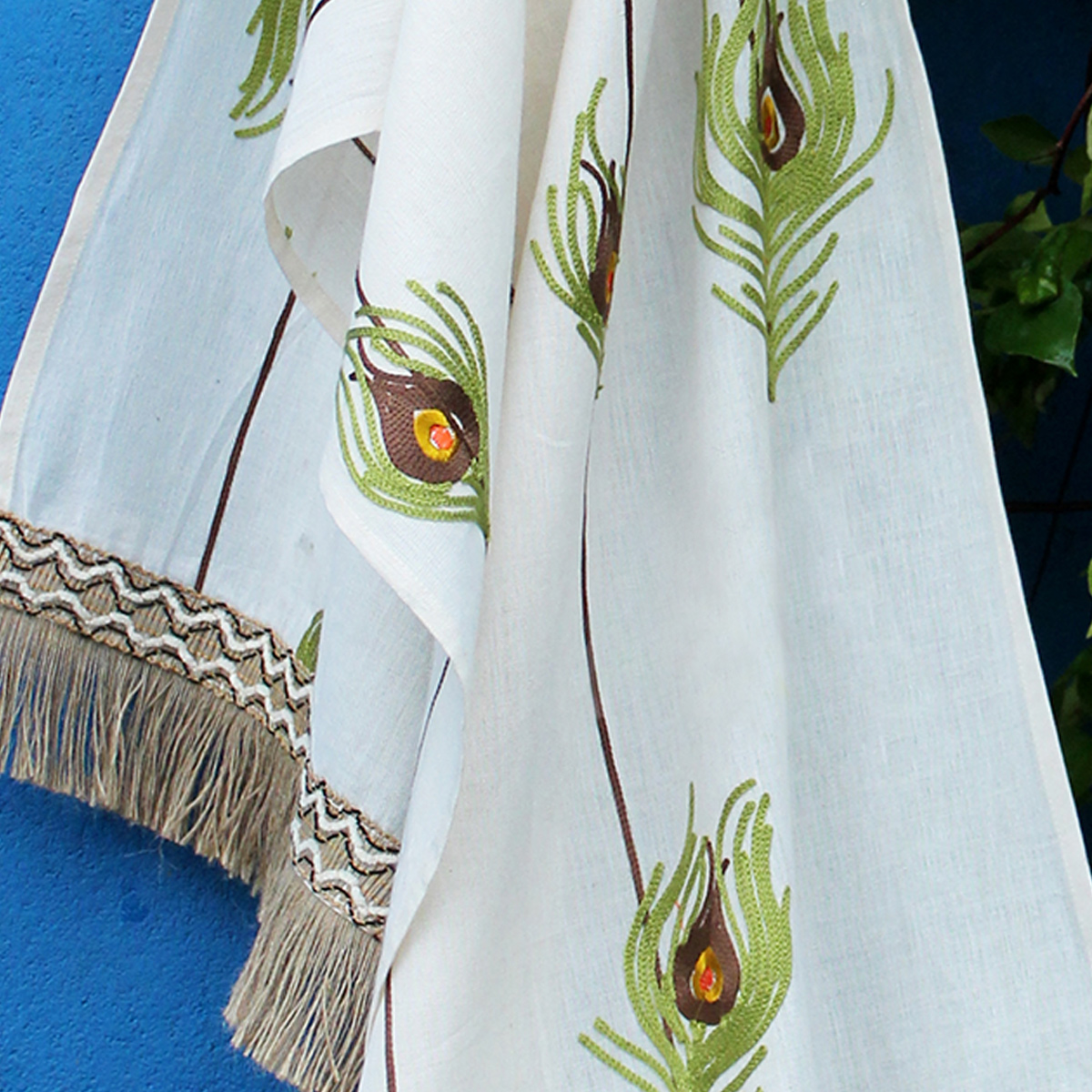 Stylish White Colored Embroidered Linen Stole