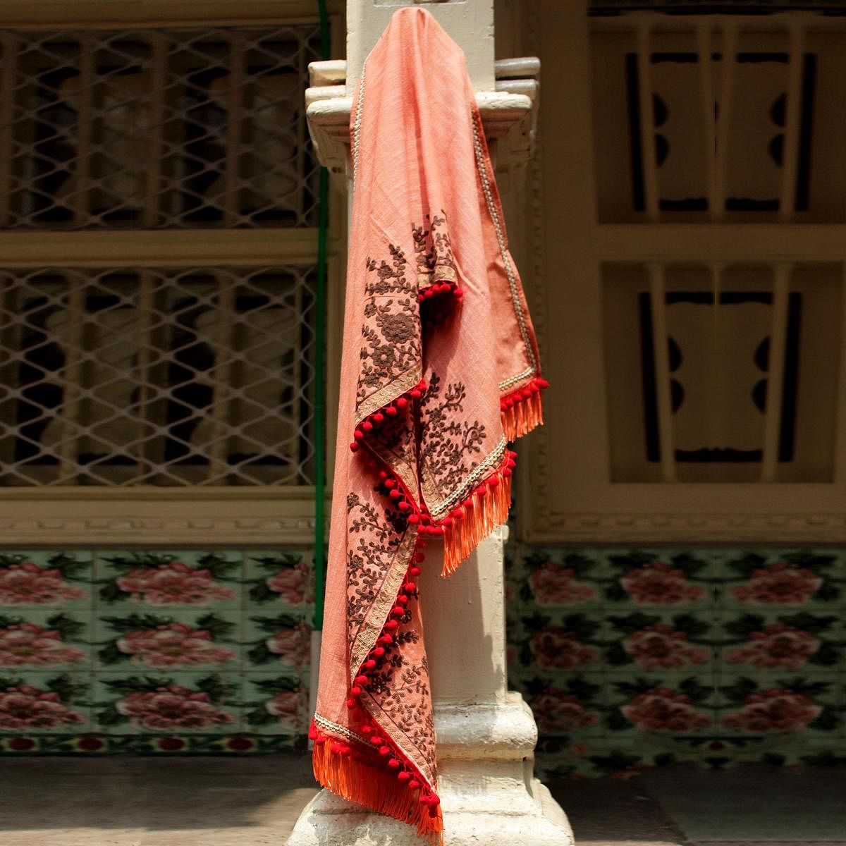 Eye-Catching Peach Colored Embroidered Linen Stole