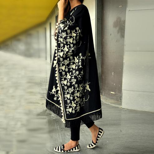 Beautiful Black Colored Embroidered Linen Stole