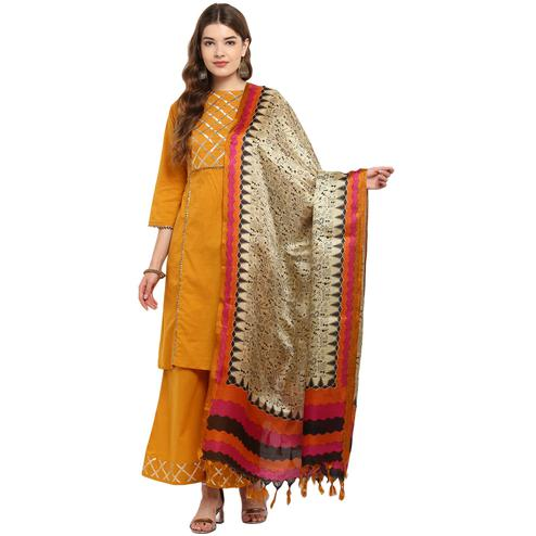 Amazing Beige-Pink Colored Casual Printed Khadi Silk Dupatta