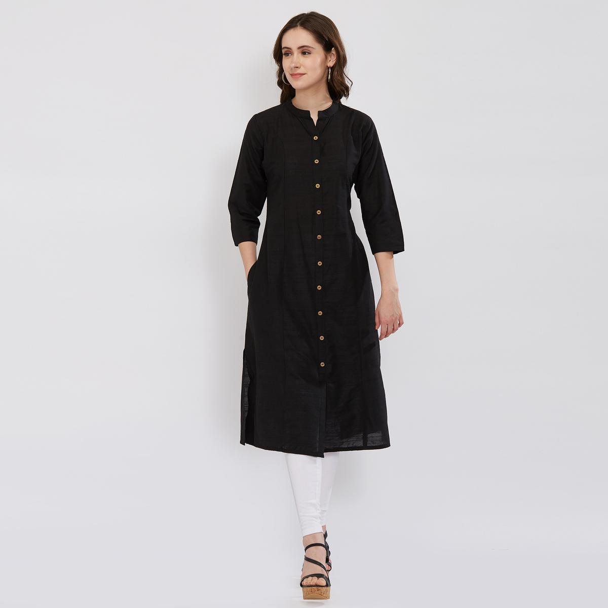 Flaunt Black Colored Partywear Kurti