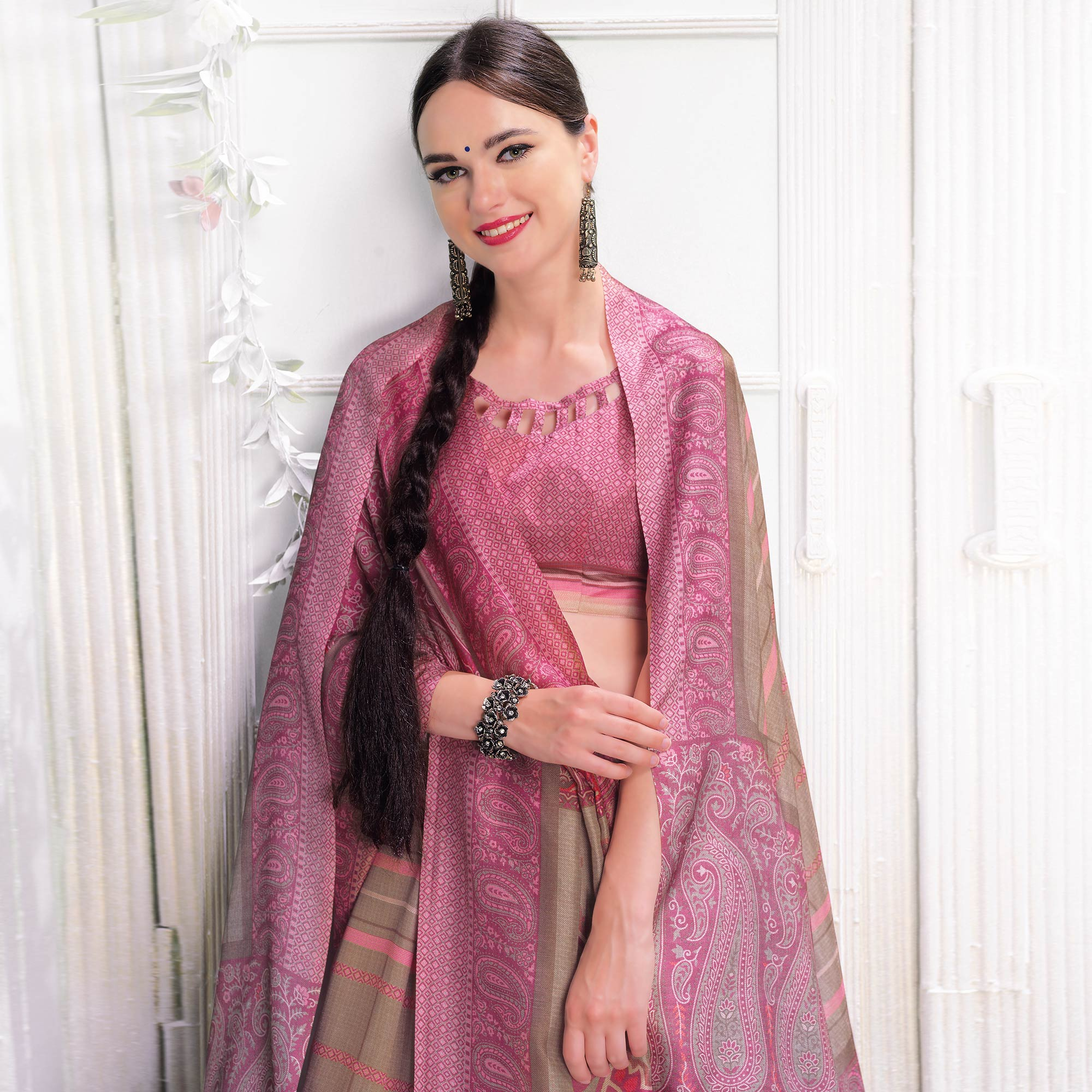 Exceptional Beige-Pink Colored Casual Printed Pashmina Silk Saree With Stole