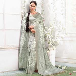 Ethnic Off-White Colored Casual Printed Pashmina Silk Saree With Stole