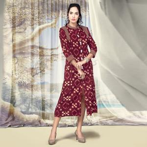 Remarkable Magenta Pink Colored Partywear Printed Cotton Kurti