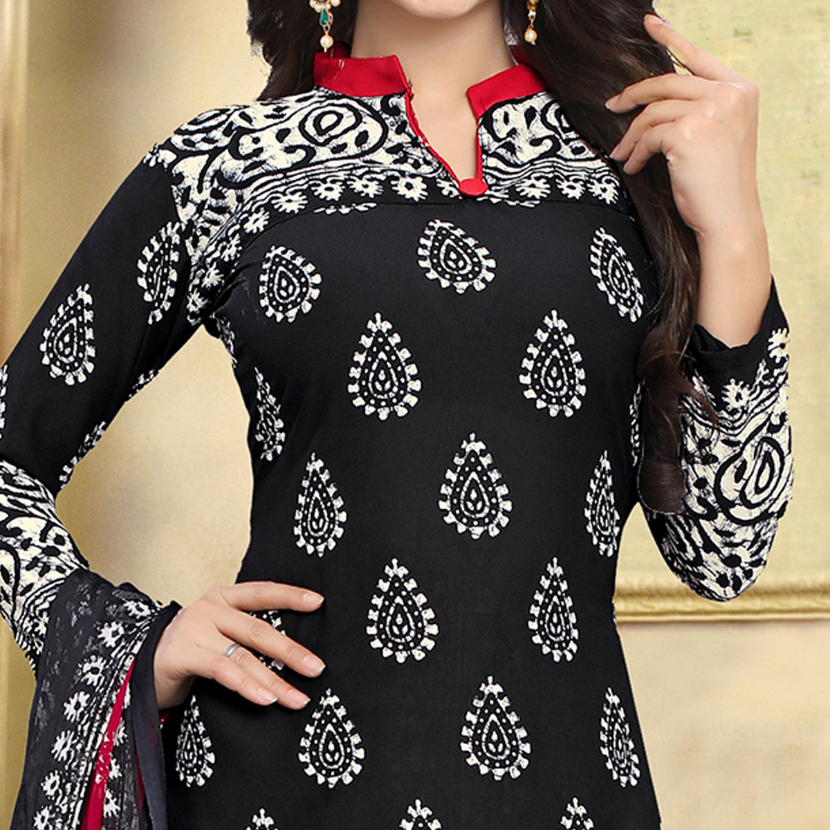 Attractive Black Colored Casual Wear Printed Crepe Salwar Suit