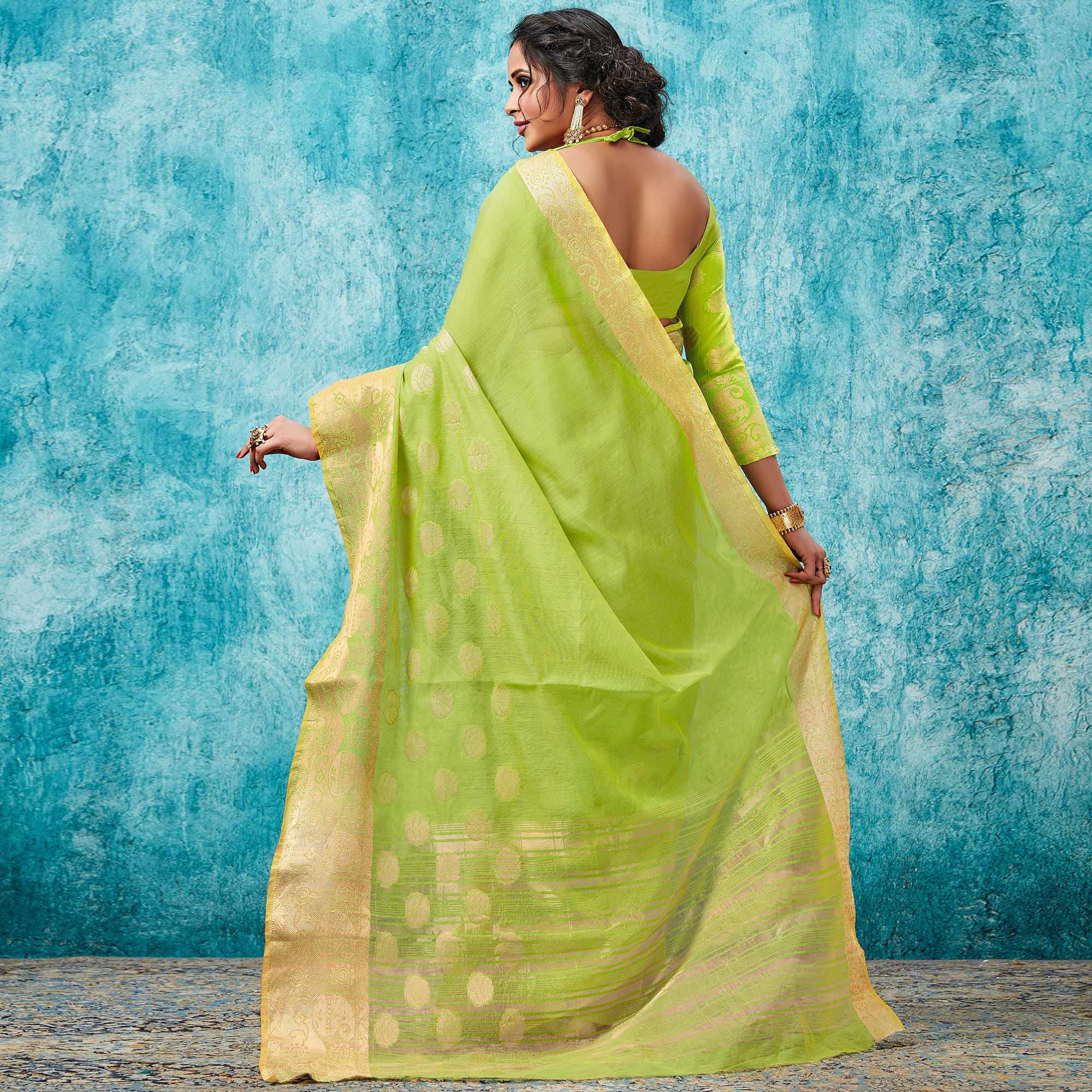 Radiant Green Colored Festive Wear Woven Cotton Saree