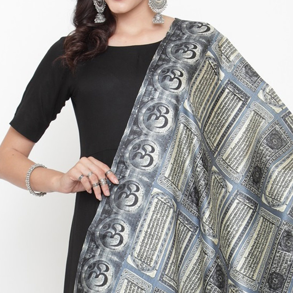 Refreshing Grey Colored Casual Printed Khadi Silk Dupatta
