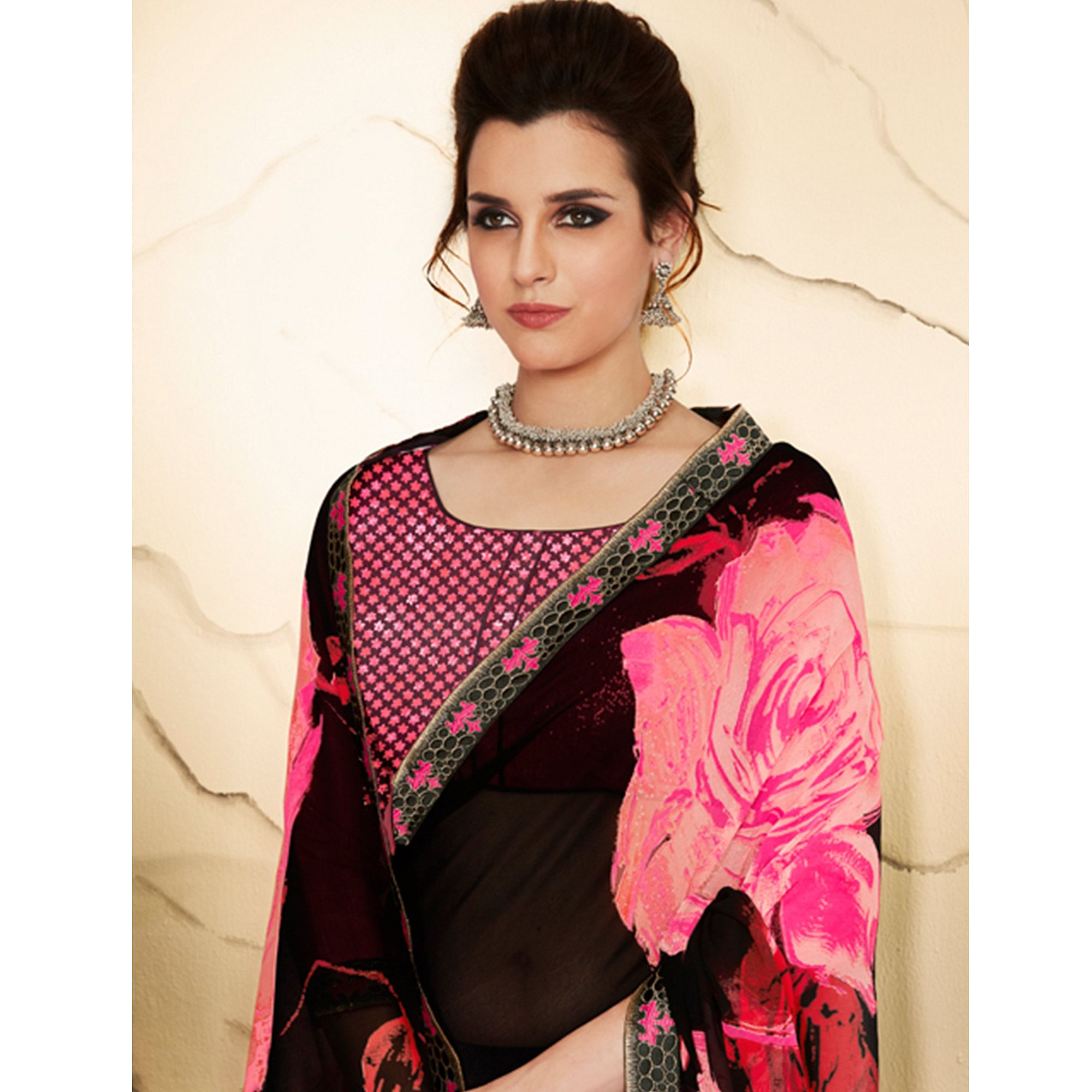 Classy Pink - Black Colored Casual Wear Printed Georgette Saree