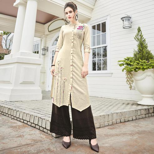 Magnetic Off-White Colored Partywear Khadi Fancy Kurti