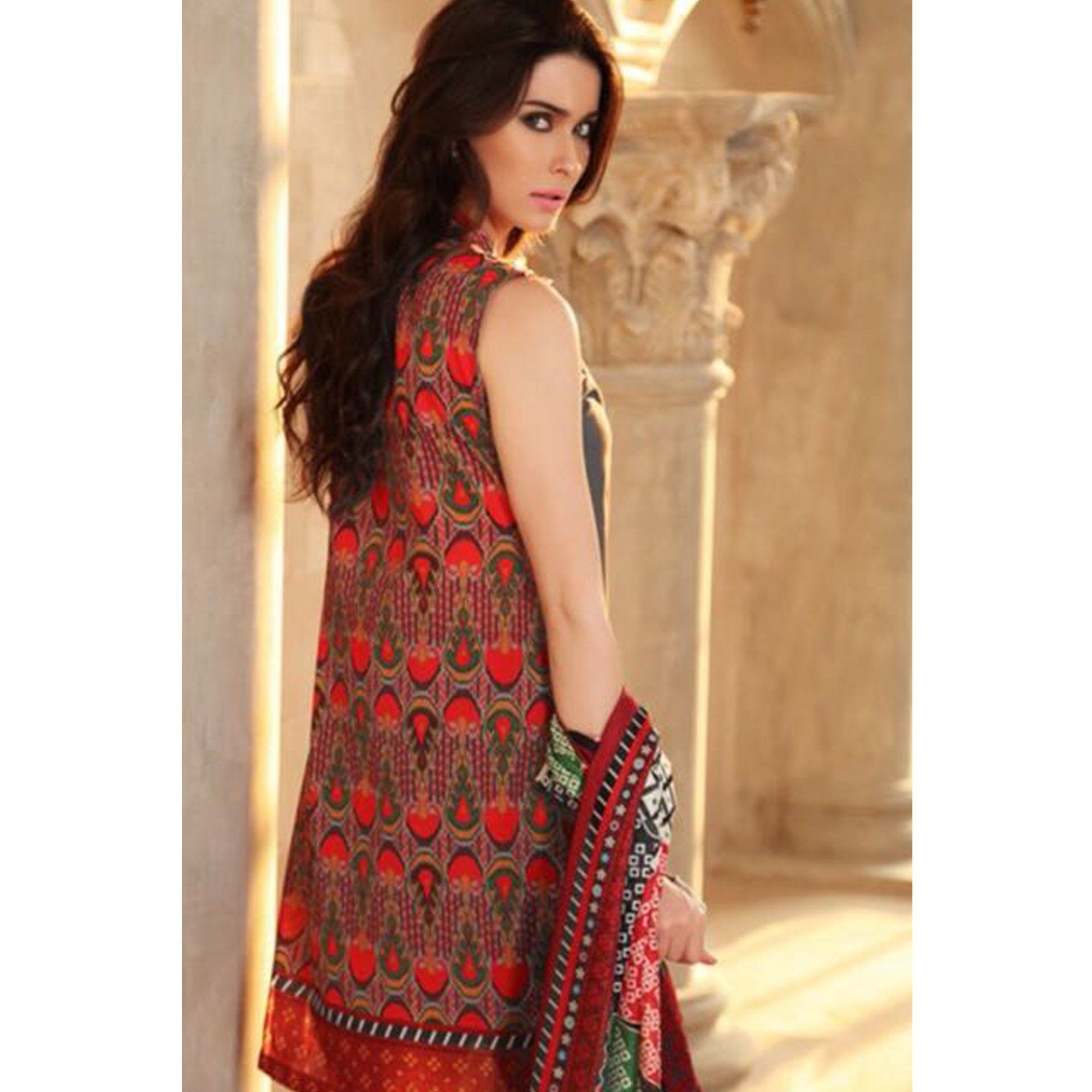 Stylish Gray Colored Partywear Printed Pure Cambric Suit