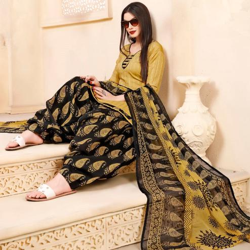 Gorgeous Beige Colored Casual Wear Printed Cotton - Jacquard Salwar suit