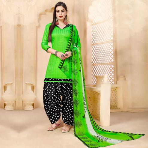 Pretty Green Colored Casual Wear Printed Cotton - Jacquard Salwar suit