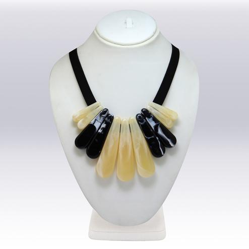 Cream And Black Colored Imported Stone Western Necklace