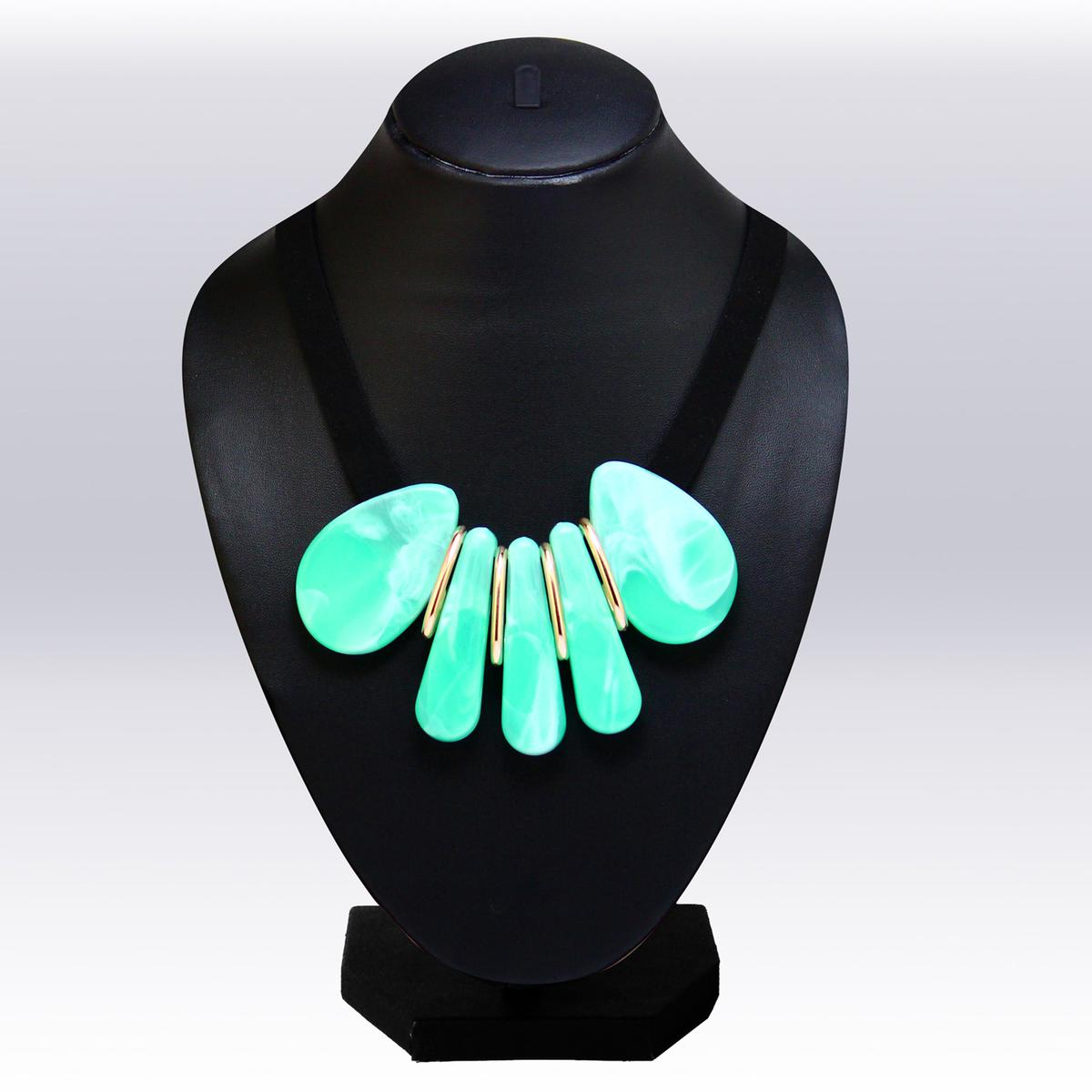Sea Green Colored Imported Stone Western Necklace