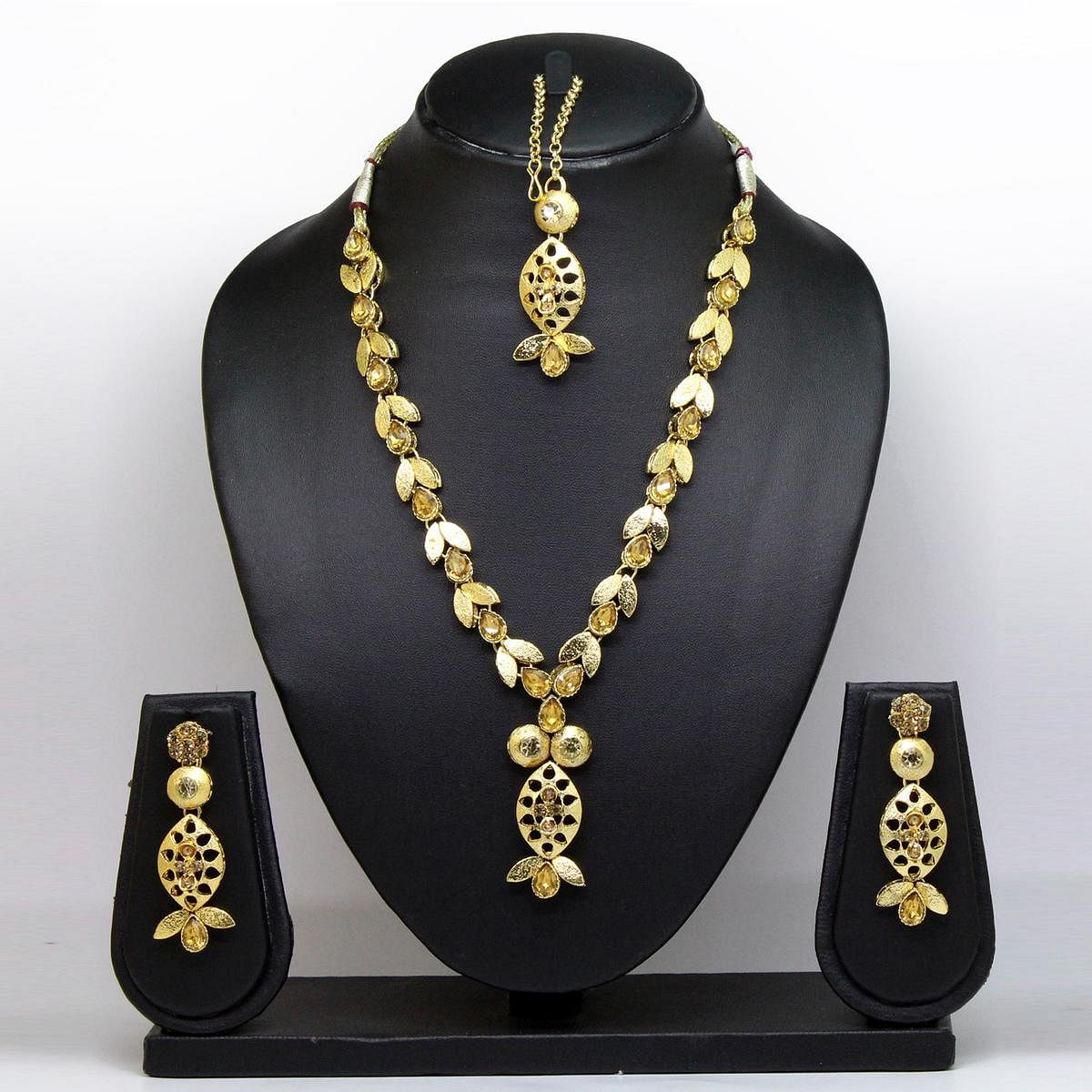 Gold Colored Brass & Stone Necklace Set
