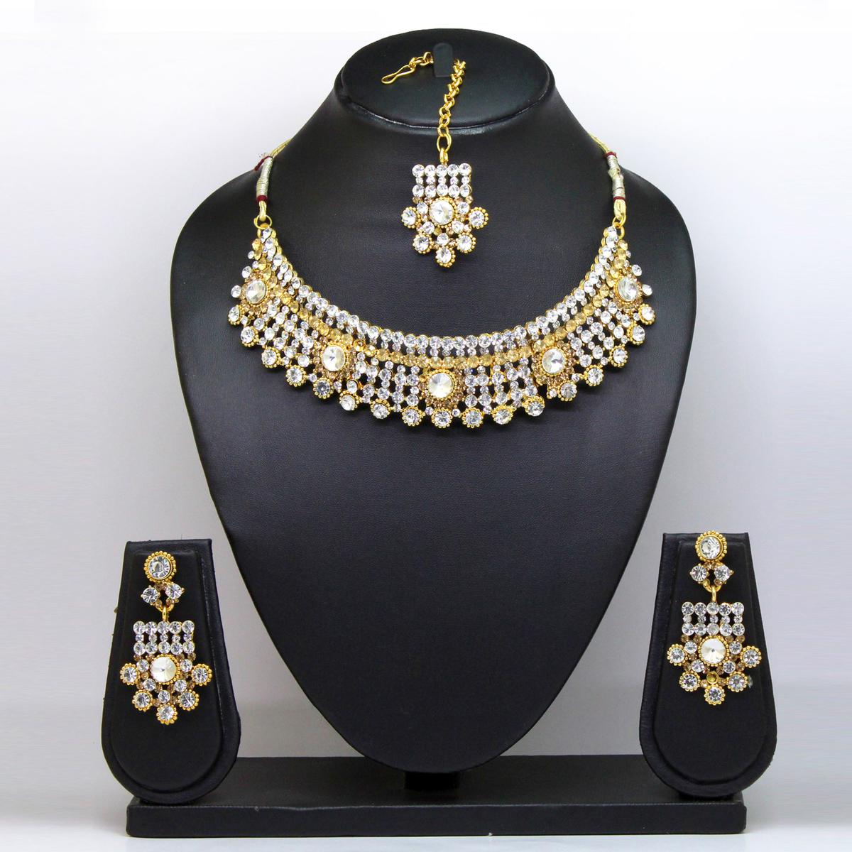 White Colored Diamond And Imported Stone Necklace Set
