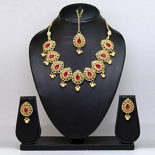 Rani & Gold Colored Brass & Stone Necklace Set