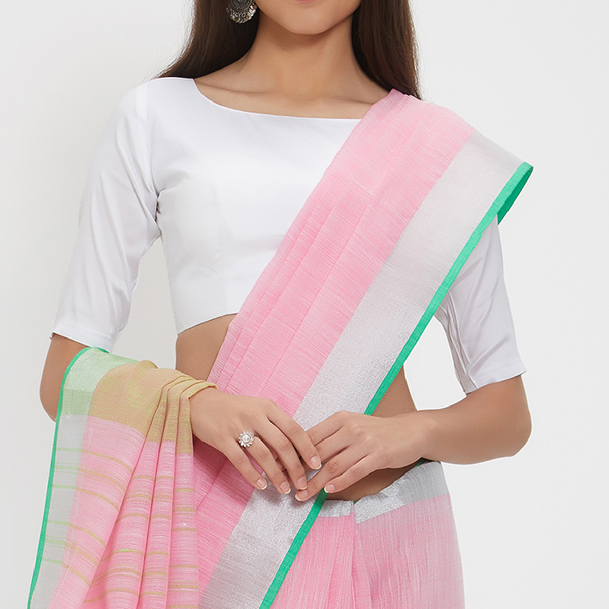 Innovative Pink Colored Casual Wear Linen Saree With 2 Blouse Pieces