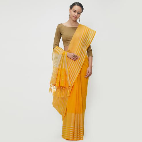 Beauteous Yellow Colored Casual Wear Linen Saree With 2 Blouse Pieces