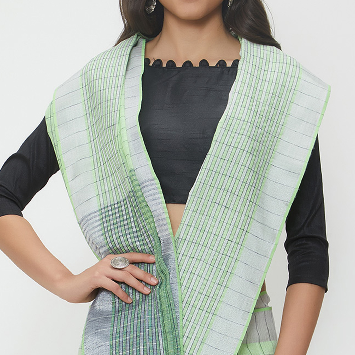 Charismatic Pista Green Colored Casual Wear Linen Saree With 2 Blouse Pieces