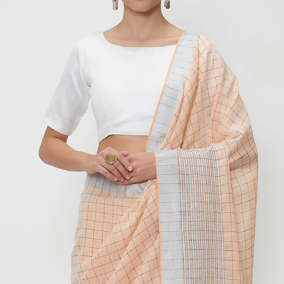 Fetching Peach Colored Casual Wear Linen Saree With 2 Blouse Pieces